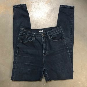 BDG Super High Rise Twig Ankle Jeans Size 27